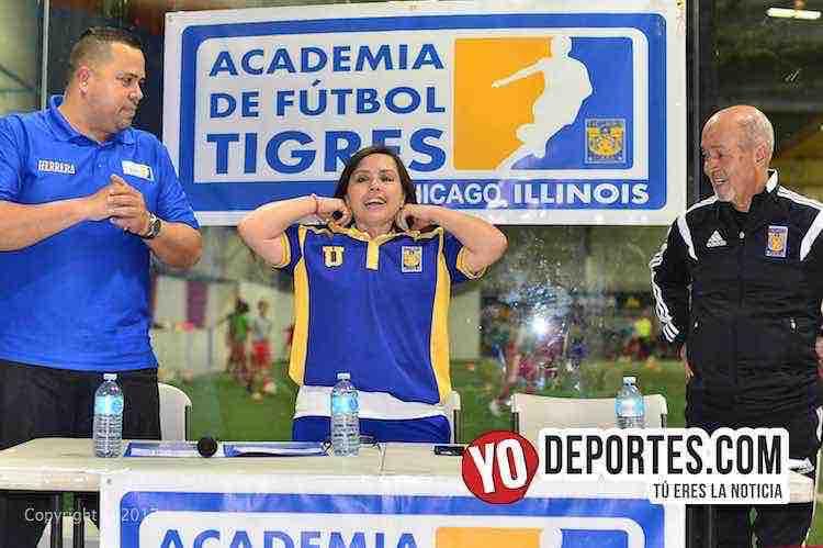 Lucy Montano-Academia Oficial Club Tigres de Monterrey Chicago
