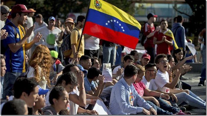 jovenes-venezolanos-emigracion