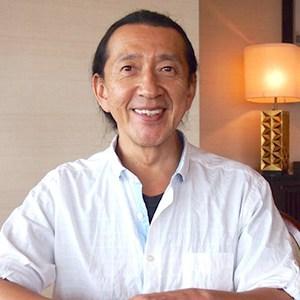 日本でのヨガの第一人者として有名なアシュタンガヨガのケンハラクマ先生