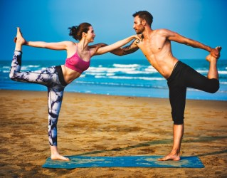 Partner yoga pose - Double Dancer Pose
