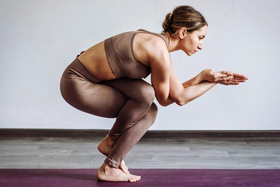 yoga pose symbol