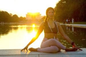 yoga lincoln memorial