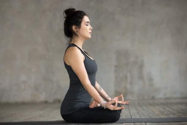 Evde yoga hareketleri