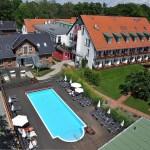 Yogaleicht Yoga Reise Luftbild Landhotel Burg