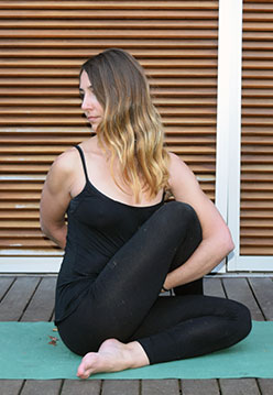 Euría van den Brule Moral - Manam Yoga