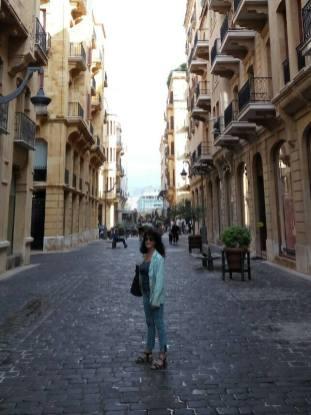 Yogane Liban magicienne