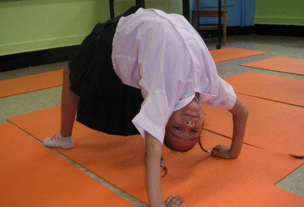 Sarah Herrington Teaching Kids Yoga, Brooklyn, NY