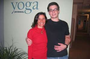 yoga_charu-rachallis-brian-castellani