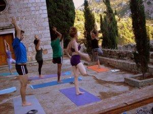 "Suncokret Yoga Retreat ""Morning Yoga"