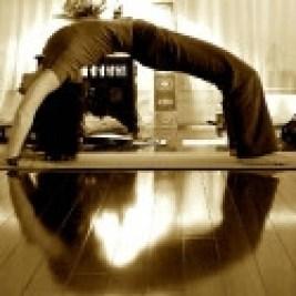 Darlene Bink - Awaken your Spine through Yoga