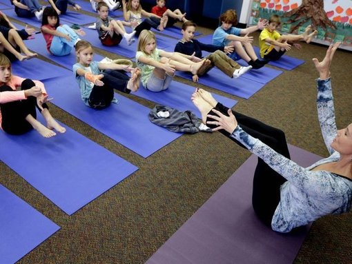 Kids Free To Do #Yoga in Los Angeles