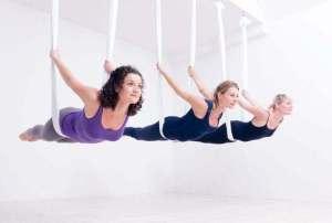 Aerial Yoga with Janneke van Amelsvoort at the Amersterdam Yoga Fest | Yoganomics
