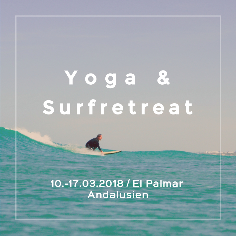 Yoga und Surfen in Spanien