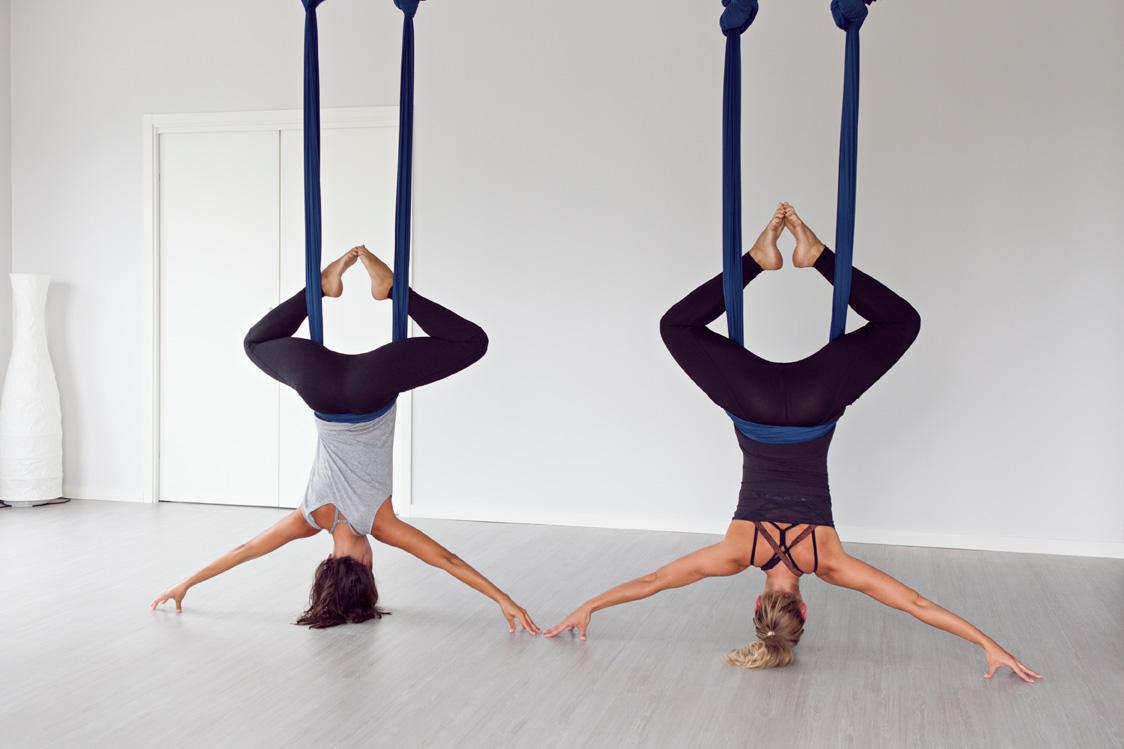 Aerial Yoga - Yoga Roots Malmö