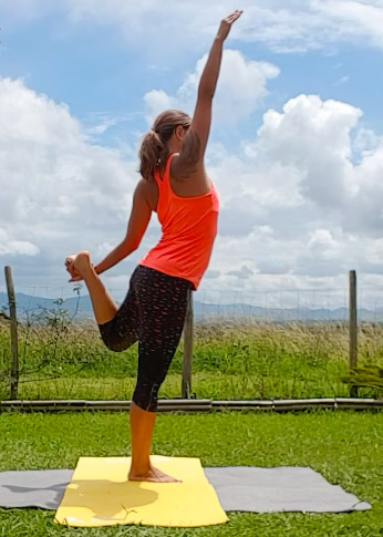 prise en danseur yoga