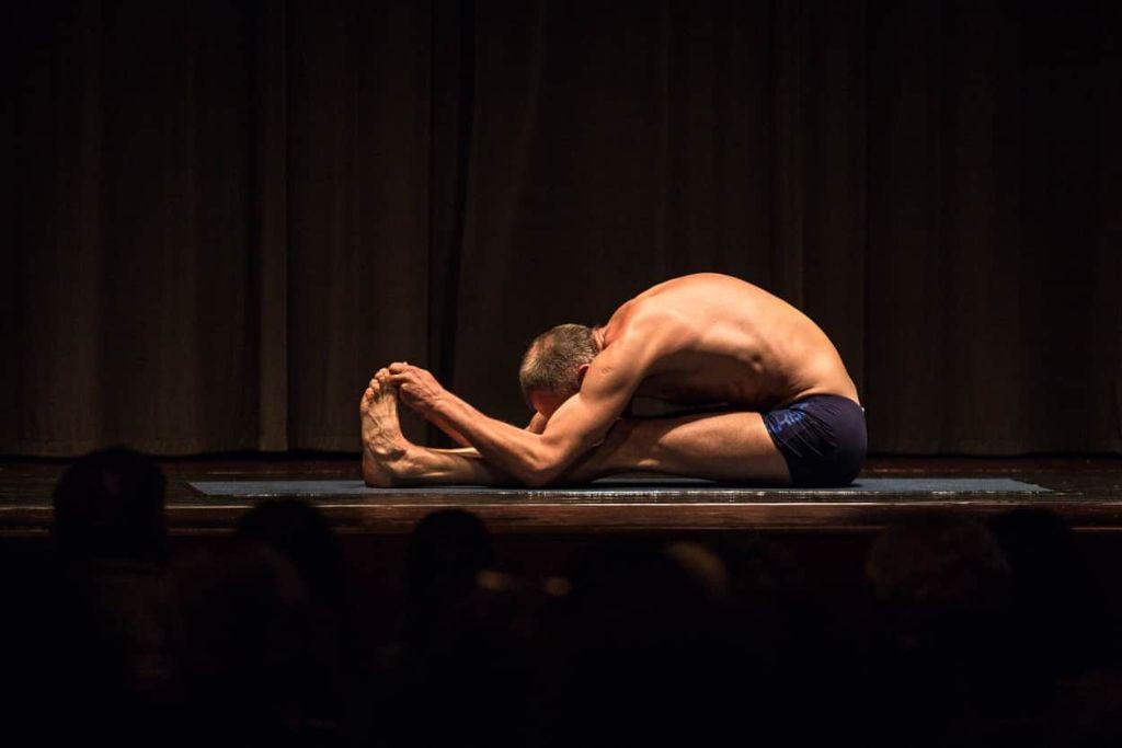 yoga anti age