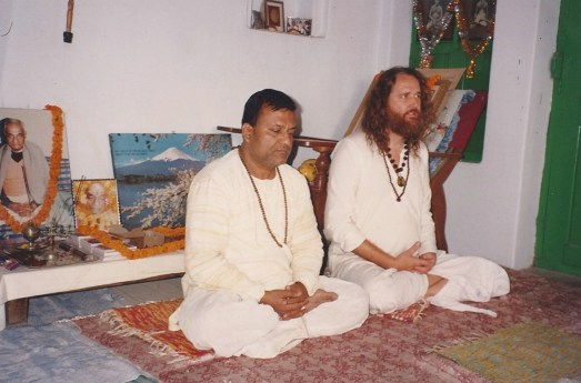 Sadhana with Great Grandson of Lahiri Mahasaya, Shebindu Lahiri