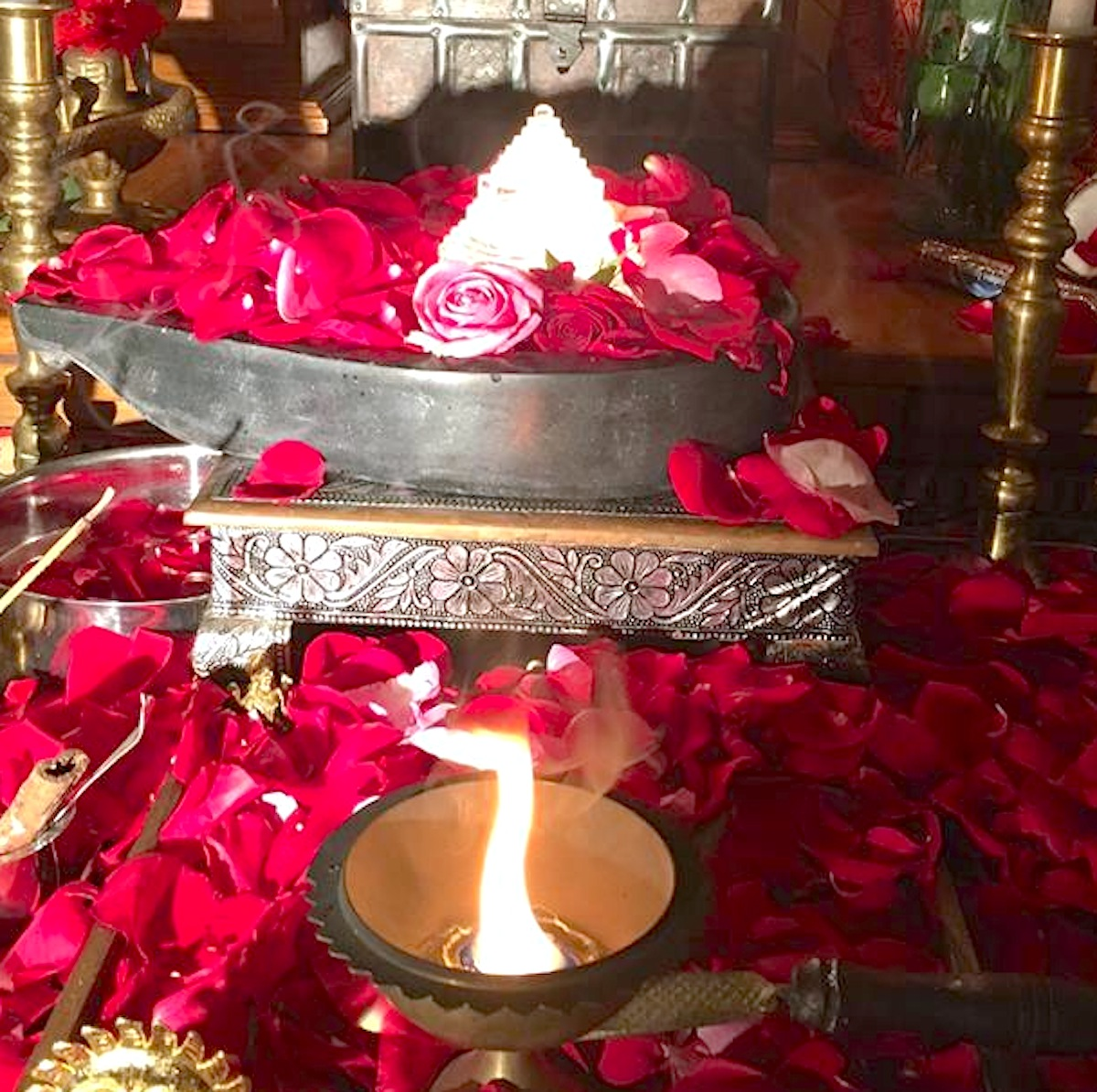 Yantra - Harnessing the Power of Mystical Geometry - Yogini