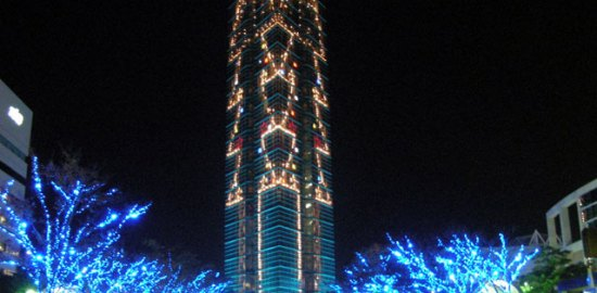 福岡タワー前広場