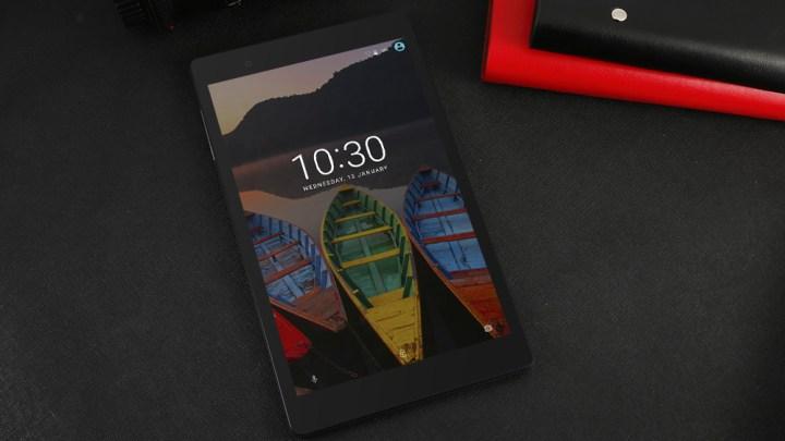 แนะนำ แท็บเล็ต Lenovo P8 รุ่น Wi-Fi จอ 8 นิ้ว ราคาไม่ถึง 5,000 บาท (จาก GearBest)