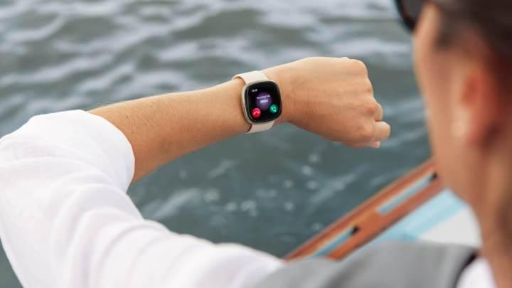 นาฬิกา Fitbit รองรับการแจ้งเตือนภาษาไทยแล้ว บน Fitbit OS 5.2