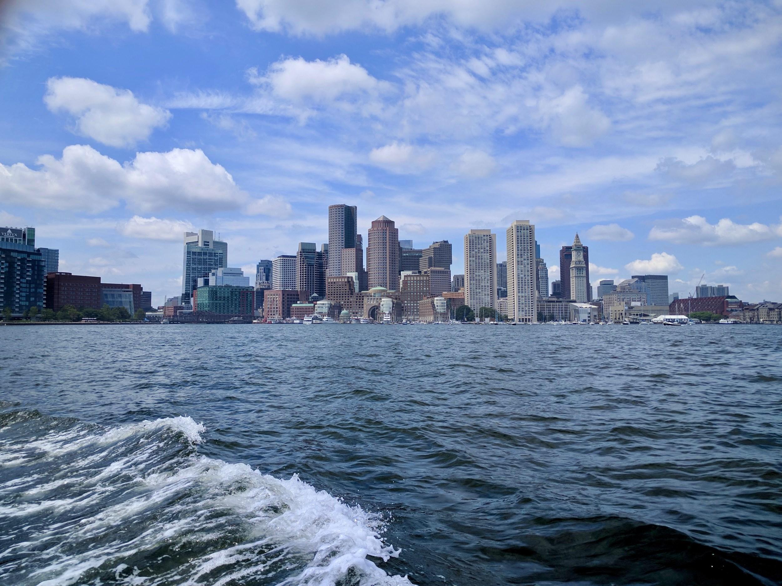 グルメと芸術を楽しむボストン秋のある日の休日