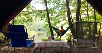 Dipsiz Göl kamp alanı