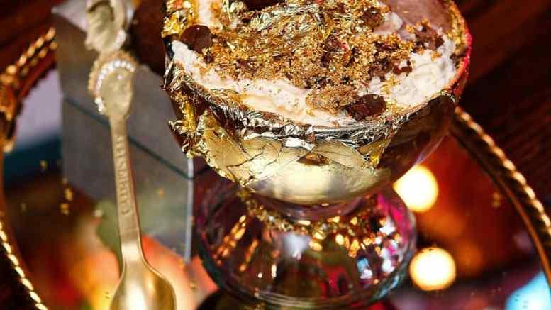 "Brangiausi patiekalai - ""The Frrrozen Haute"" šokoladinis ledų kokteilis"