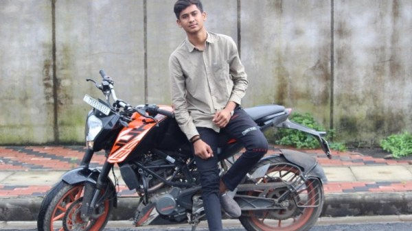 Sujeet R Yadav