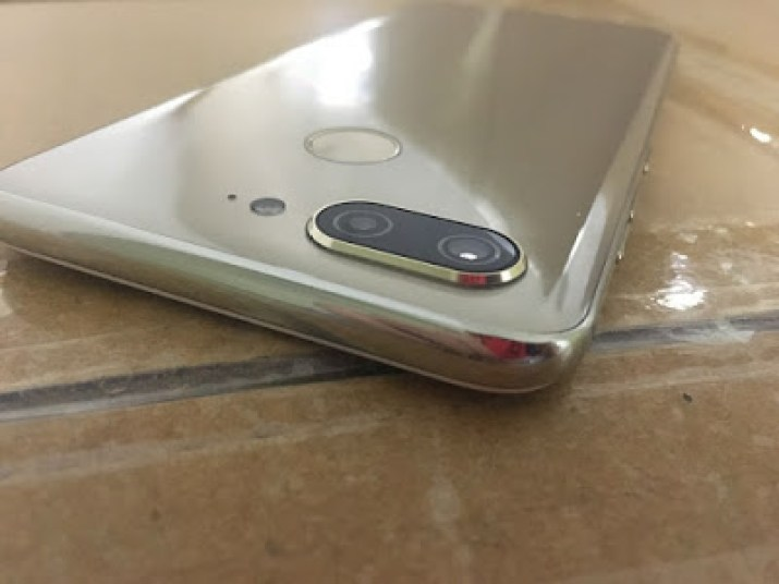 Gionee S11 with dual rear camera
