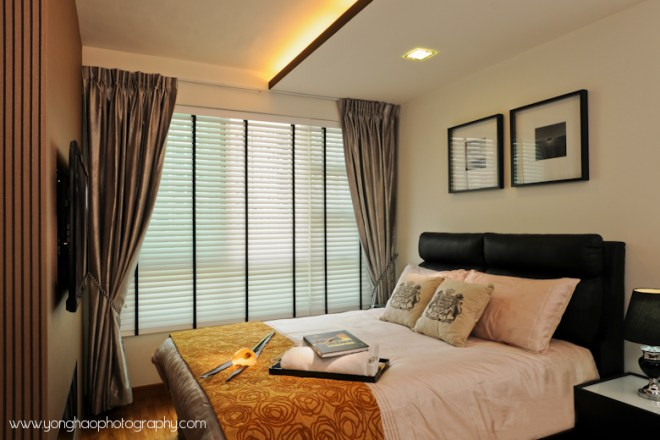 Master bedroom ID by Icon Interior Design by YongHao Photography