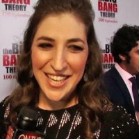 Mayim Bialik hospitalized following car accident