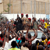 Mali soldiers promise elections after coup condemned abroad