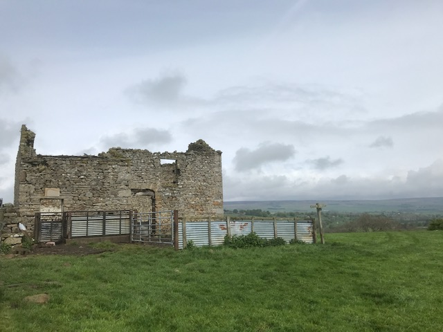 Derelict barn on Broats, near West Burton
