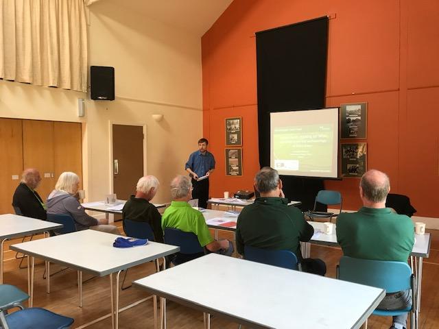 Community Archaeologist Doug Mitcham talking to volunteers