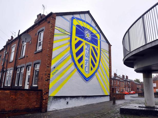 Massive Leeds United centenary mural painted on house near Elland Road |  Yorkshire Evening Post