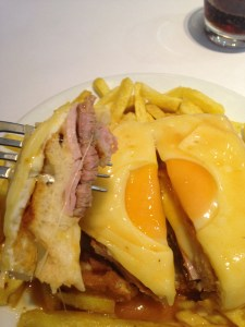 Francesinha ready to be eaten