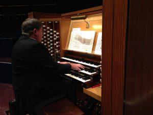 Organist Professor Ian Tracey