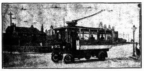 Trolleybuses are not a new idea in Leeds. This one was transporting people round the city in 1912.