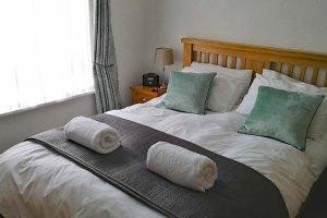Cloisters Walk apartment York Bedroom - by Linda