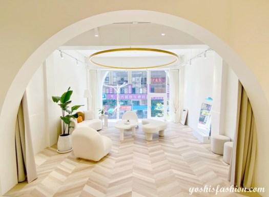 D+AF南西店三樓是VIP Lounge,買完鞋在這邊和朋友聊天、拍照,愜意又開心