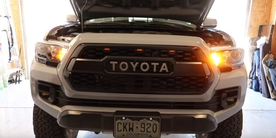 Tacoma with Two Different Turn Signal Bulbs