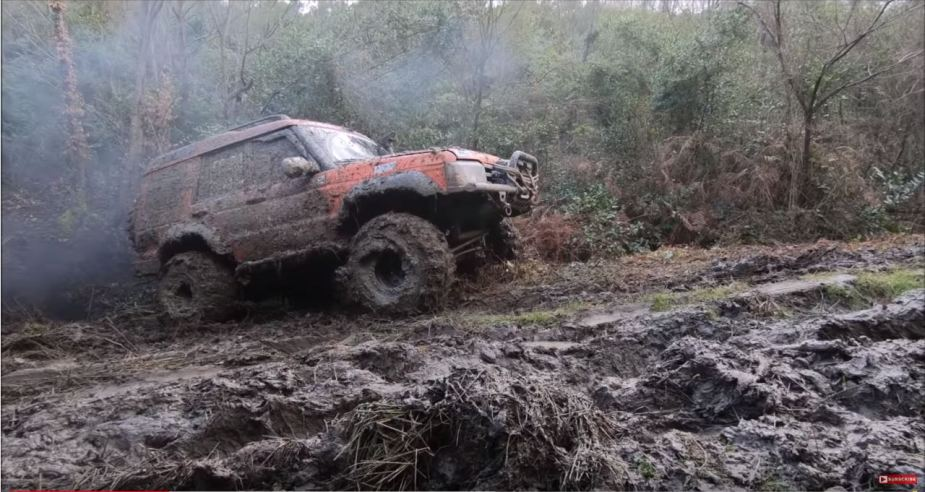 Land Rover Discovery 2 Off-Road