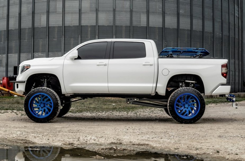 Complete Customs Toyota Tundra