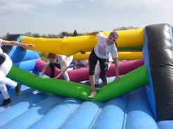 Inflatable obstacle color rush