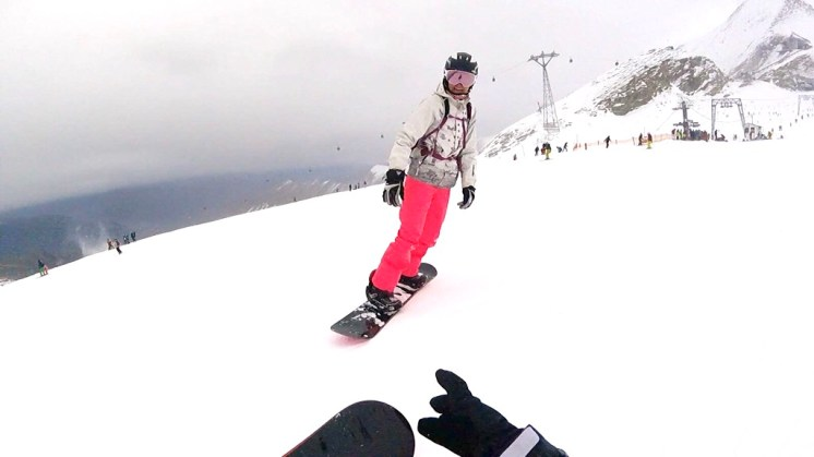 Snowboard babe girl pink