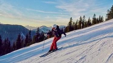 Sunset skiing Kitzbühel piste
