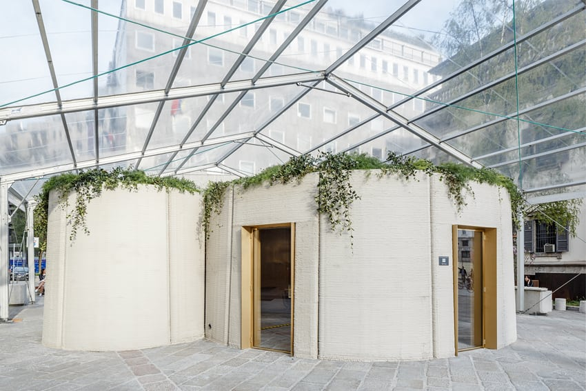 La casa in 3D è composta da una zona giorno, una cucina, una zona notte, un bagno e un tetto abitabile, pensato come orto e un giardino
