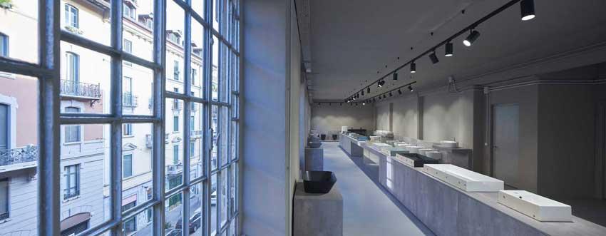 L'interno del nuovo Spazio Simas a Milano