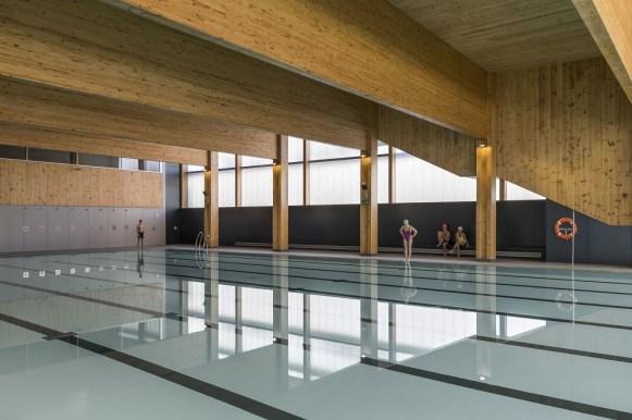 La piscina al piano terra